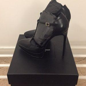 Saint Laurent Shoes - Saint Laurent T-strap heels